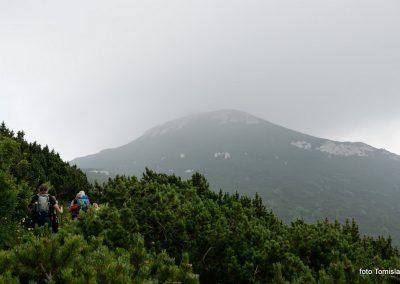 06 VZPON NA SNEŽNIK; Vrh Velikega Snežnika s planinsko kočo