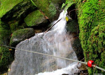 11 LOBNICA-ŠUMIK-AREH, v soteski potoka Lobnica, 9.50
