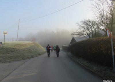 07 POHOD V NEZNANO, 8-12-2019, na poti od Moravec do muzeja, 9.04